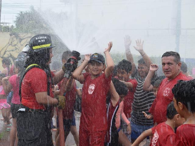 """Cuerpo de Bomberos Municipal de Machala se prepara para curso vacacional """"Bomberitos Kids y Bomberitos Juniors""""Por octavo  año consecutivo, El Cuerpo"""