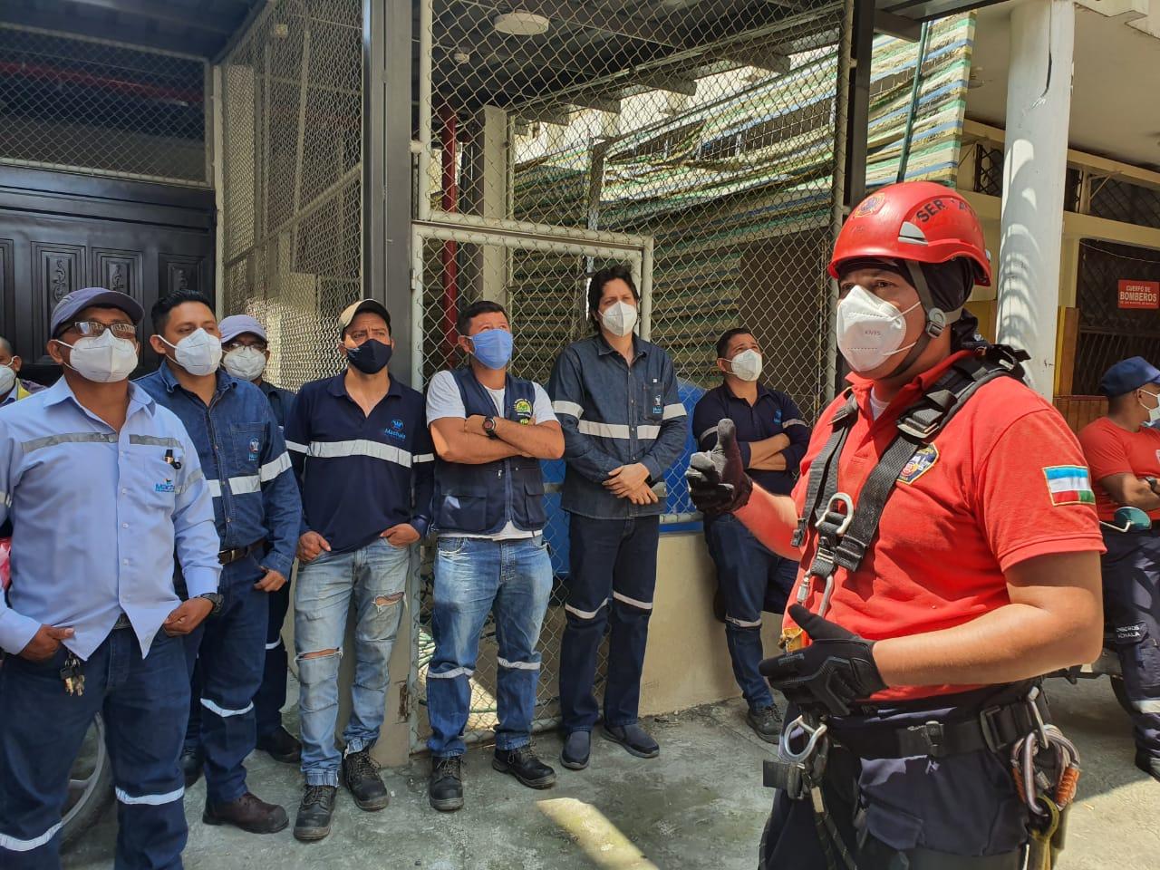 Cuerpo de Bomberos Municipal de Machala brinda capacitaciones a la colectividad