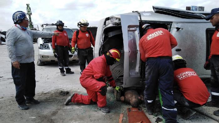 14 Bomberos de Machala realizarón Curso de Rescate Vehicular en Miami.