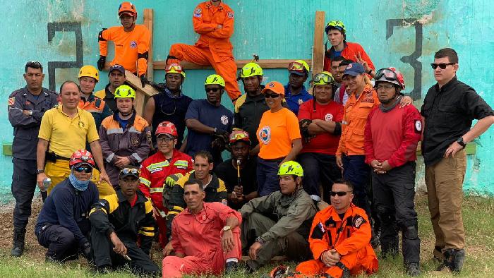 Bomberos de Machala participó en el curso Tecnicas de salvamento en Cuba.